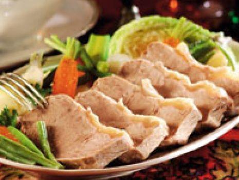 Przepis: Sztuka mięsa z sosem chrzanowym