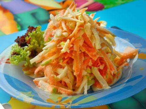 Przepis: Surówka z marchewki