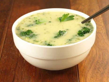 Przepis: Włoska zupa brokułowa