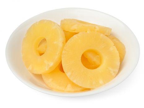 Przepis: Pita z kurczakiem i ananasem