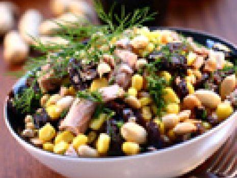 Przepis: Sałatka kukurydziana z tuńczykiem