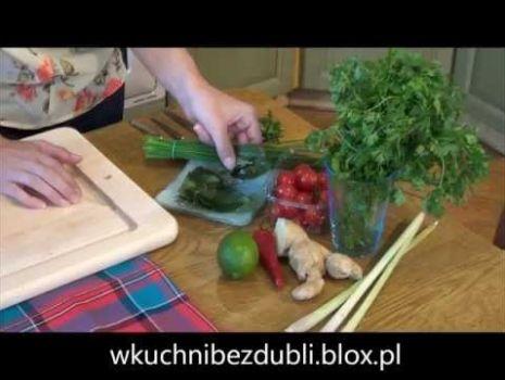 Jak ugotować tajską zupę?