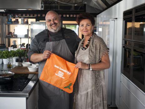 Prezydentowa Jolanta Kwaśniewska i Marco Ghia z Akademii Kulinarnej Whirlpool