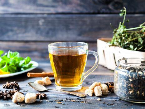 Aromatyczna herbata z przyprawami