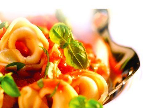 Przepis: Tortellini  (pierożki) z bakłażanem