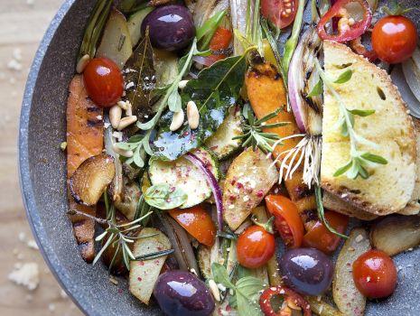 Przepis: Najprostsze wiosenne warzywa z patelni