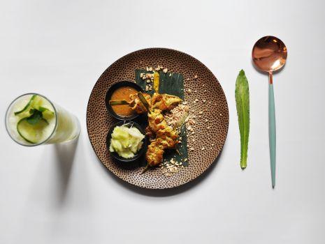 Przepis: Satay - marynowany kurczak z sosem orzechowym  + lemoniada ogórkowa