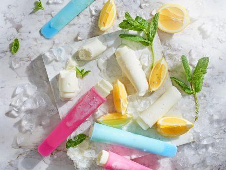 Przepis: Domowe lody cytrynowe z bananami