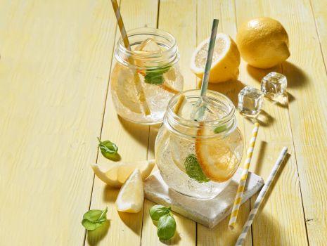 Przepis: Lemoniada bazyliowo-cytrusowa