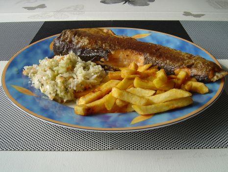 Przepis: Bardzo lubie ryby a pstrąga najlepiej bo smakuje mi właśnie taki pieknie przyrumieniony z patelni lub grilla.