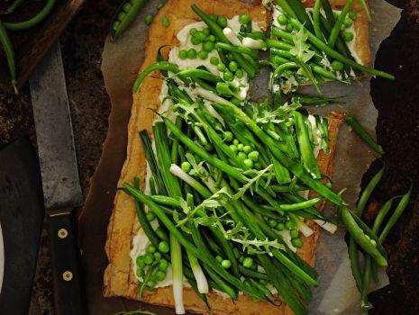 Przepis: Letnia tarta z fasolką szparagową