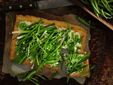 Przepis: Letnia tarta warzywna z fasolką szparagową