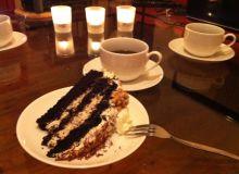Tort orzechowy z likierem amaretto