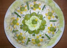 salatka_z_kurczakiem_i_winogronem