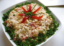 Paluszki surimi - sałatka
