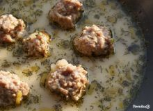 Zupa serowo-porowa z klopsikami
