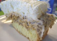 Tort z kremem słonecznikowym