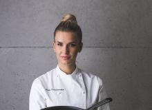 Klasyczny omlet francuskiz  dwóch jaj