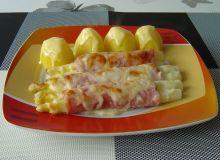 Szparagi można podać z purée ziemniaczanym lub gotowanymi ziemniakami.