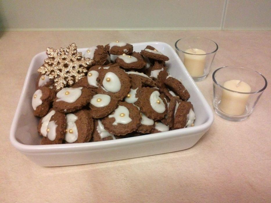 świąteczne Kakaowe Pierniki Z Lukrem Przepis Na świąteczne Kakaowe Pierniki Z Lukrem