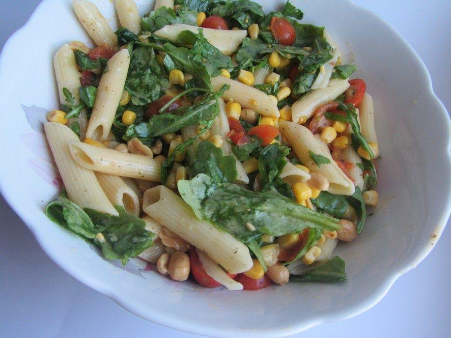 Salatka Z Penne I Rukola Przepis Na Salatka Z Penne I Rukola Mojegotowanie Pl