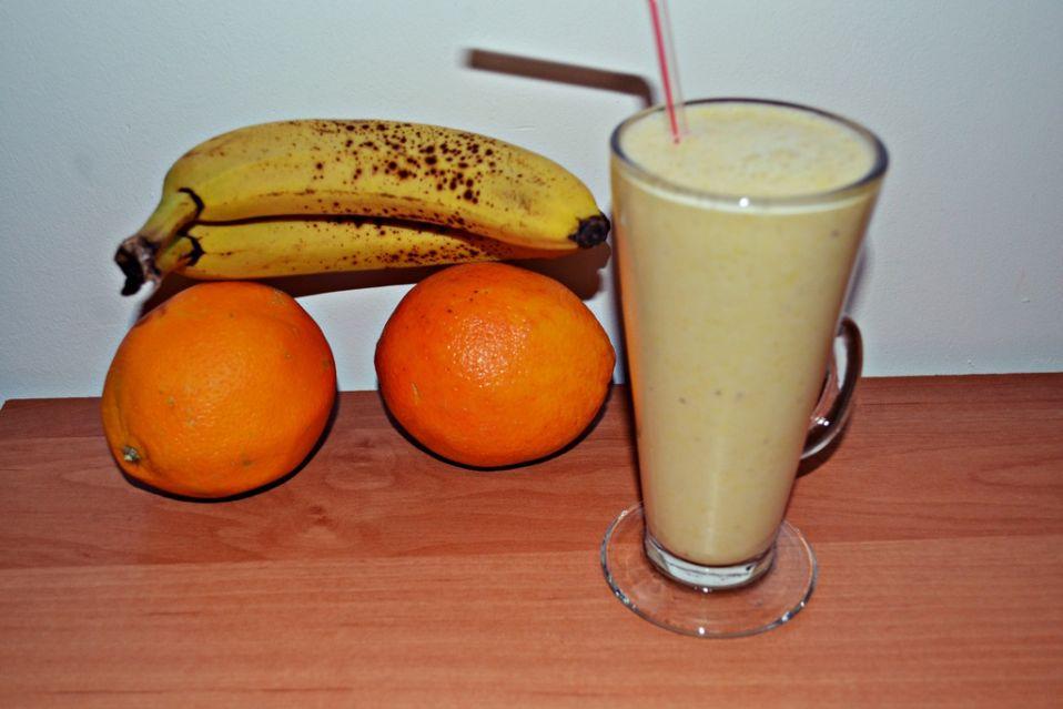 Koktajl bananowo-pomarańczowy