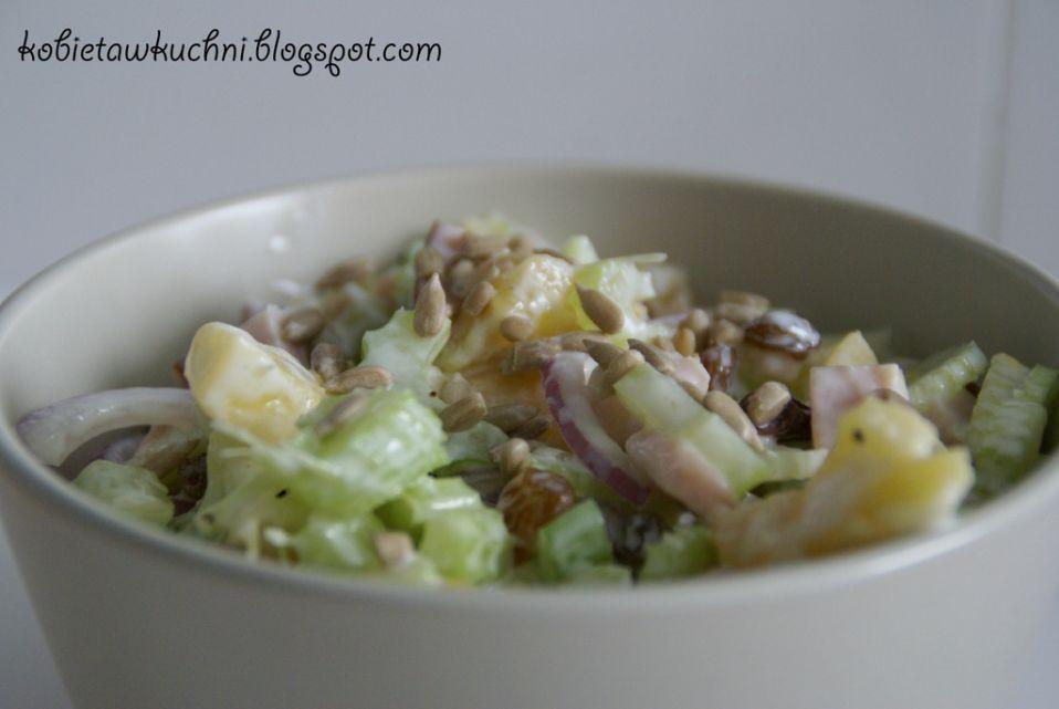 Salatka Z Selera Naciowego Z Ananasem I Szynka Przepis Na Salatka