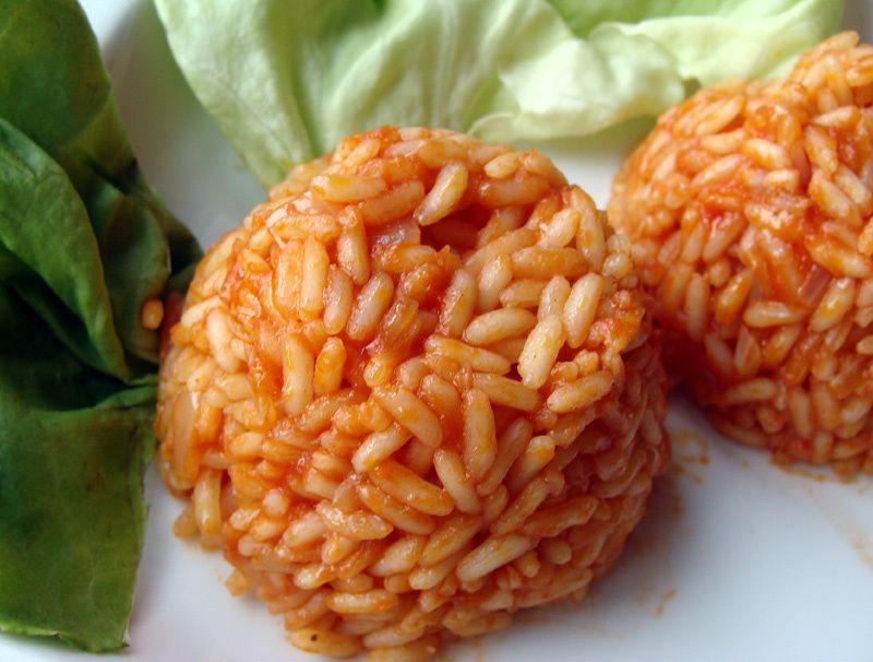 Czerwony ryż na ostro