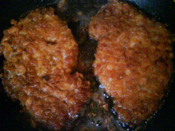 Pierś kurczaka w płatkach kukurydzianych