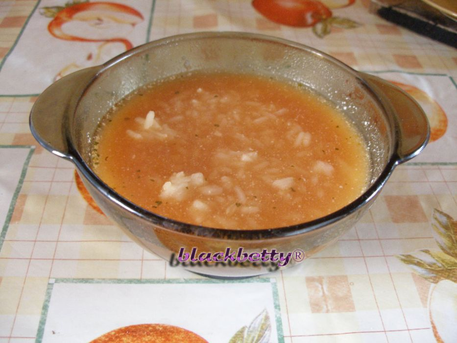 Zupa Pomidorowa Z Ryżem Przepis Na Zupa Pomidorowa Z Ryżem