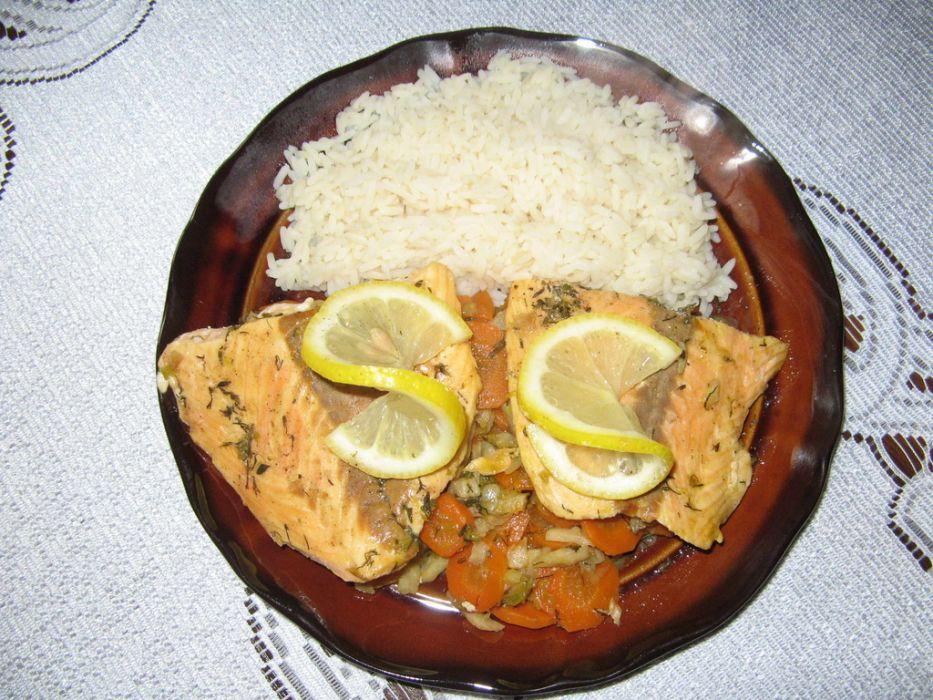 Ryba duszona na warzywach