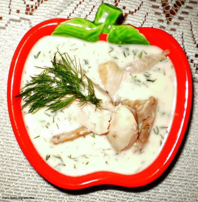 Kurczak w sosie koperkowym :