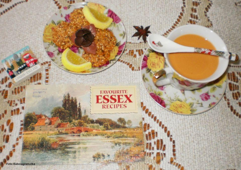 Herbata po angielsku Przepis na herbata po angielsku MojeGotowanie pl -> Kuchnia Angielska Herbata Po Angielsku