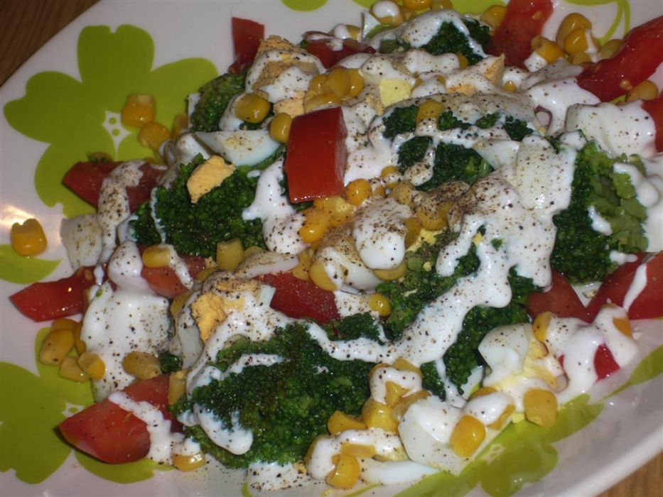 Salatka Z Brokulem I Jajkiem Super Przepis Na Salatka Z Brokulem I
