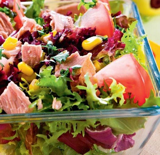 Sałatka z tuńczykiem i kukurydzą  Przepis na sałatka z tuńczykiem i kukurydz   -> Kuchnia Francuska Kremowy Mus Z Tunczyka