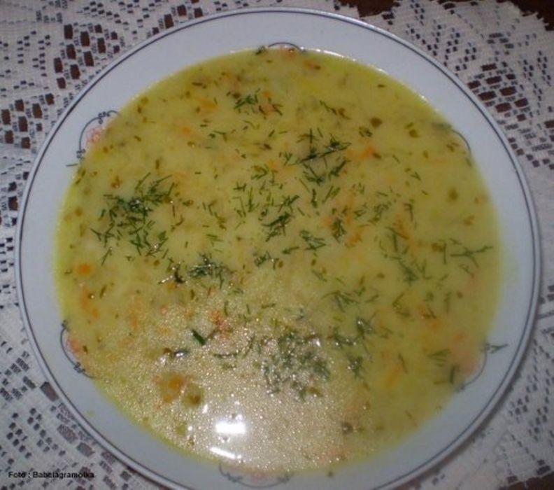 Zupa ogórkowa z ryżem wg Babcigramolki