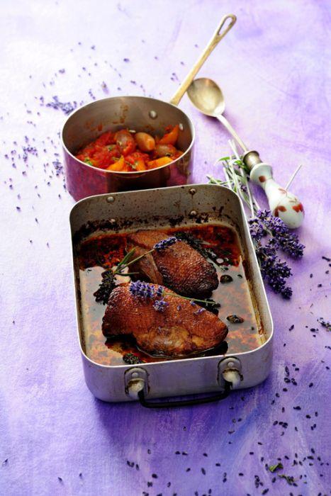 Filety z piersi kaczki w miodzie lawendowym