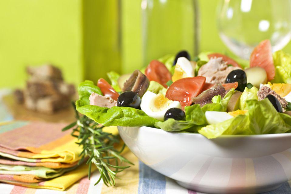 Sałatka nicejska z anchois