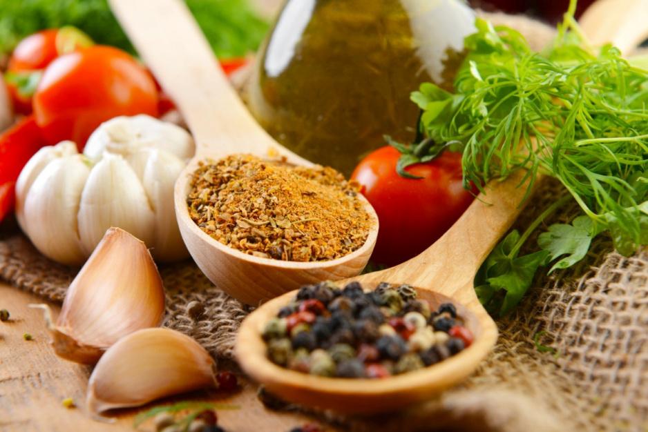 Czy jesteś w stanie rozpoznać świeże zioła i przyprawy? [QUIZ]