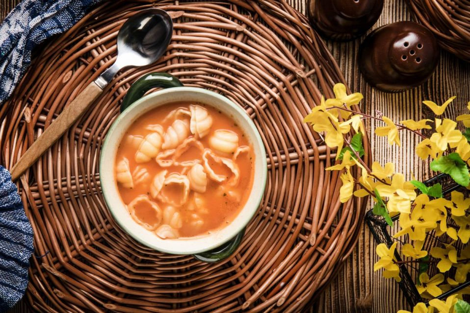 Zupa Pomidorowa Z Makaronem Przepis Na Zupa Pomidorowa Z Makaronem